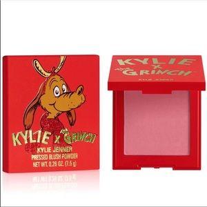 NWT Kylie Cosmetics Grinch Pressed Powder Blush